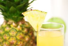 Free Pineapple Juice And Pineapple Stock Images - 17739794