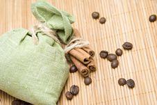 Free Coffee And Cinnamon Stock Image - 17740931