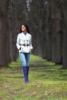 Free Autumn Woman Royalty Free Stock Image - 17743736