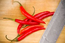 Free Red Chili Peppers Royalty Free Stock Photography - 17749037