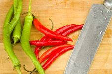 Free Red And Green Spicy Chili Peppers Stock Photography - 17749052