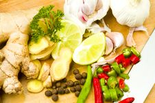 Garlic, Ginger, Chillies, Limes And Allspice Royalty Free Stock Images