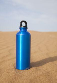 Free Blue Sport Water Bottle Stock Image - 17752561