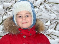 Free Portrait Of A Boy In Winter Clothing Royalty Free Stock Images - 17757639