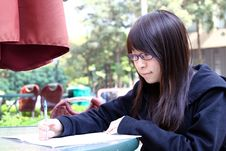Free Chinese Girl Who Is Reading Books Stock Photo - 17758160