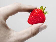 Free Vibrant Strawberry Royalty Free Stock Photo - 17763995