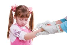 A Doctor Giving Little Girl An Injection Stock Photos
