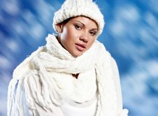 Free Woman Wearing Fashion Winter Clothin Stock Images - 17766064