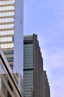 Free Skyscraper In City Under Blue Sky Royalty Free Stock Photo - 17768015