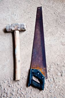 Free The Hammer With Saw Stock Photo - 17768680