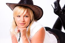 Free Young Woman In Cowboy Hat Royalty Free Stock Photography - 17771937