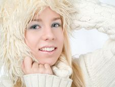 Free Winter Woman Stock Images - 17773004
