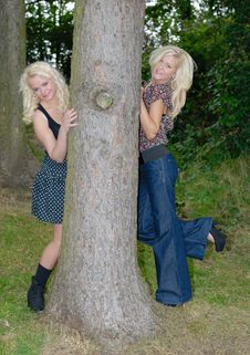 Free Two Pertty Blonde Females Royalty Free Stock Photography - 17787007