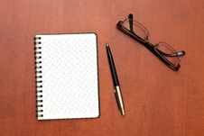 Free Glasses, Notepad With Pen Royalty Free Stock Photo - 17789505