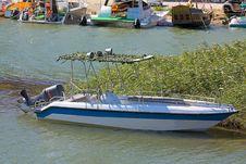 Free Motorboat Royalty Free Stock Photos - 17789698