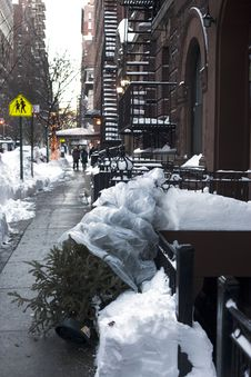 Free City Street After Snow Storm Royalty Free Stock Photography - 17790007