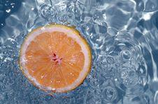 Free Orange Splashing Water Stock Photography - 1781252