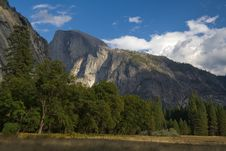 Free Half Dome View From The Valley Royalty Free Stock Image - 1783116