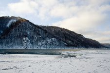 Free River Angara Near Lake Baikal Royalty Free Stock Image - 1785386