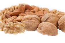 Free Four Kinds Of Popular Nuts Royalty Free Stock Photography - 17803677
