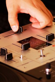 Free Hand Of A Dj Adjusting The Crossfader Royalty Free Stock Photos - 17805058