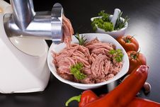 Free Meat Grinder With Mince And Vegetables Stock Images - 17805134