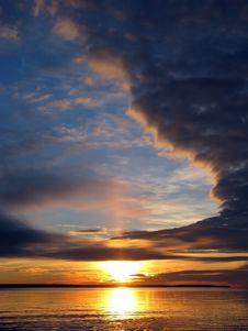 Free Sunrise Royalty Free Stock Photography - 17807577
