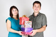 Free Happy Man And Girl Holding Many Gifts Royalty Free Stock Photography - 17813787