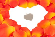 Free Rose Petal Heart Royalty Free Stock Image - 17814666