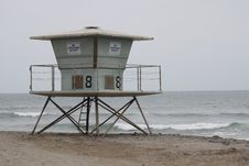 Free Winter Beach Lifeguard Station Royalty Free Stock Image - 17817526