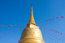 Free Thai Buddhist Pagoda. Royalty Free Stock Photos - 17820908