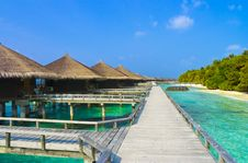 Free Water Bungalows On A Tropical Island Stock Photo - 17822090