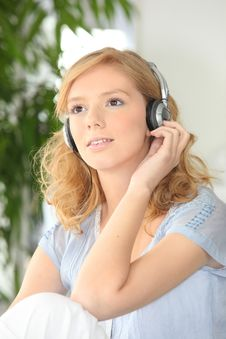 Free Portraif Of Young Woman With Headphones Stock Photo - 17822100