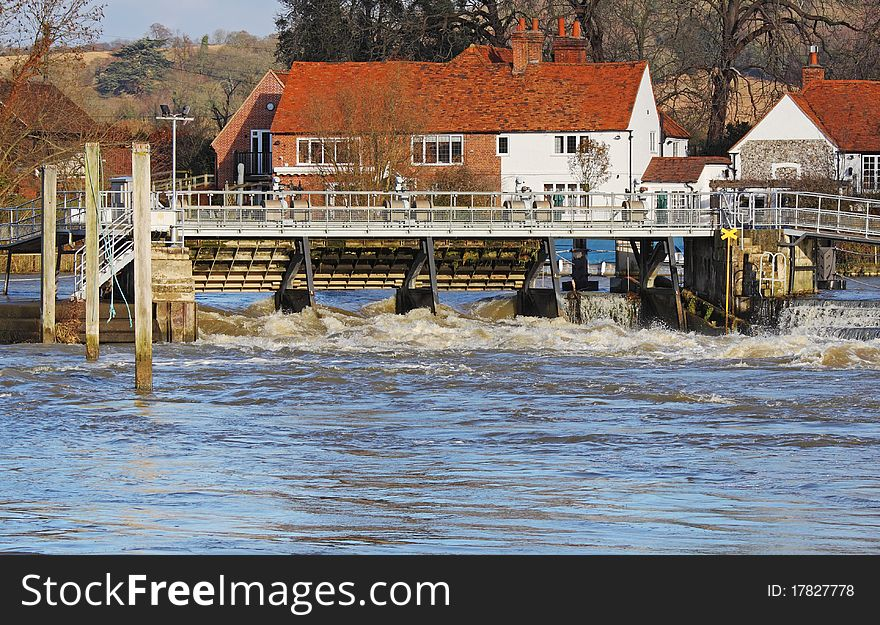 Sluice gate on the River Thames