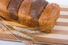 Free Fresh Bread With Ears Of Wheat Royalty Free Stock Image - 17834486
