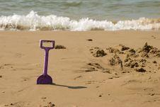 Free Kids Spade On The Sea Beach Stock Photography - 17835622
