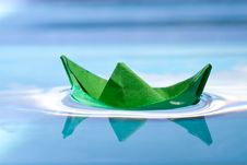 Free Green Boat Royalty Free Stock Photography - 17836687