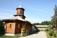 Free Romanian Nucet Orthodox Monastery Royalty Free Stock Photos - 17841978
