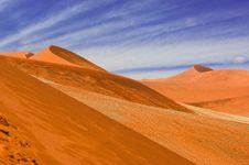 Free Dunes In Namib Desesrt Stock Photo - 17846750