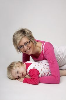 Free Mother And Daughter Portrait Royalty Free Stock Photography - 17847287