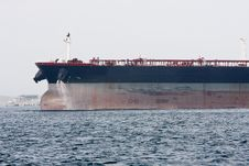 Free Bow Of Oil Supertanker Under Power Royalty Free Stock Photos - 17849448