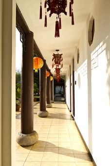 Free Chinese Corridor In The Building Royalty Free Stock Photo - 17852395