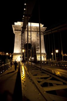 Free Budapest By Night Royalty Free Stock Photography - 17852567