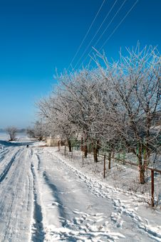 Free Silent Russian Village In The Winter Royalty Free Stock Images - 17852959