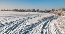 Free Snowy Road Stock Photography - 17853712