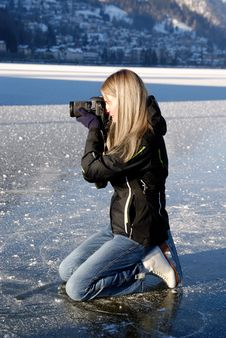 Free Paparazzi On Ice Royalty Free Stock Photos - 17856198