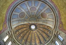 Free Beuatiful Basilica Royalty Free Stock Photos - 17859738