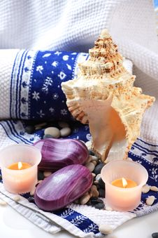 Free Seashell, Soaps And Candles Royalty Free Stock Images - 17861529