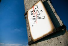 Free Electrical Skull Sign On Pylon Stock Photo - 17863160