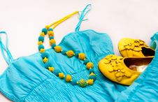 Free Yellow Blue Beads On Dress And Shoes Royalty Free Stock Image - 17863626